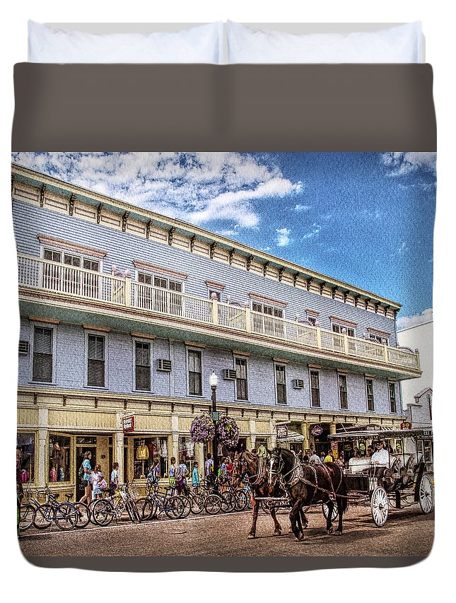 Mackinac Duvet Cover featuring the photograph The Murray Hotel At Mackinac Island by Rebecca Snyder