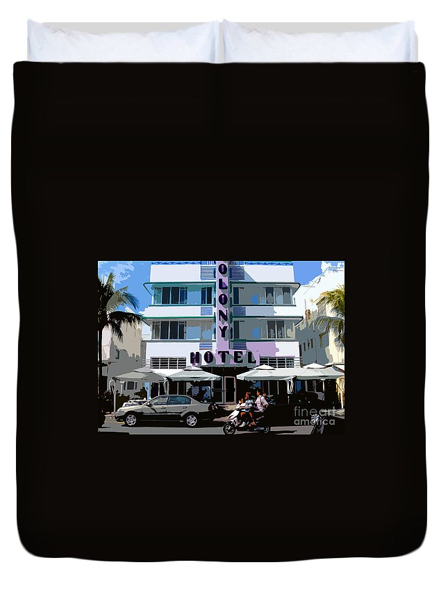 Hotel Duvet Cover featuring the photograph The Old Colony Hotel by David Lee Thompson