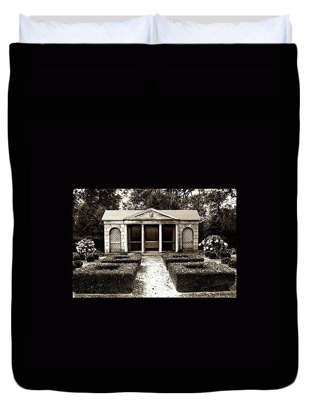 Garden Duvet Cover featuring the photograph The Old Garden House by Tom Reynen