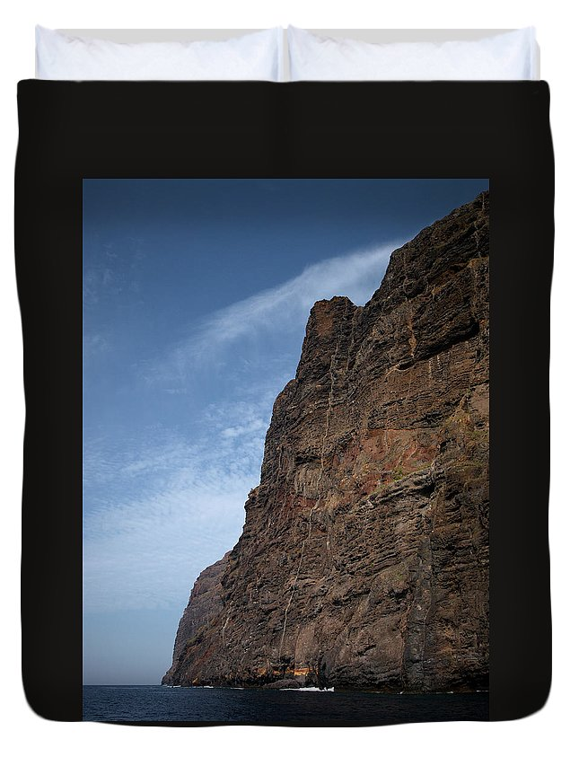 Valasretki Duvet Cover featuring the photograph The Rocks Of Los Gigantes 2 by Jouko Lehto