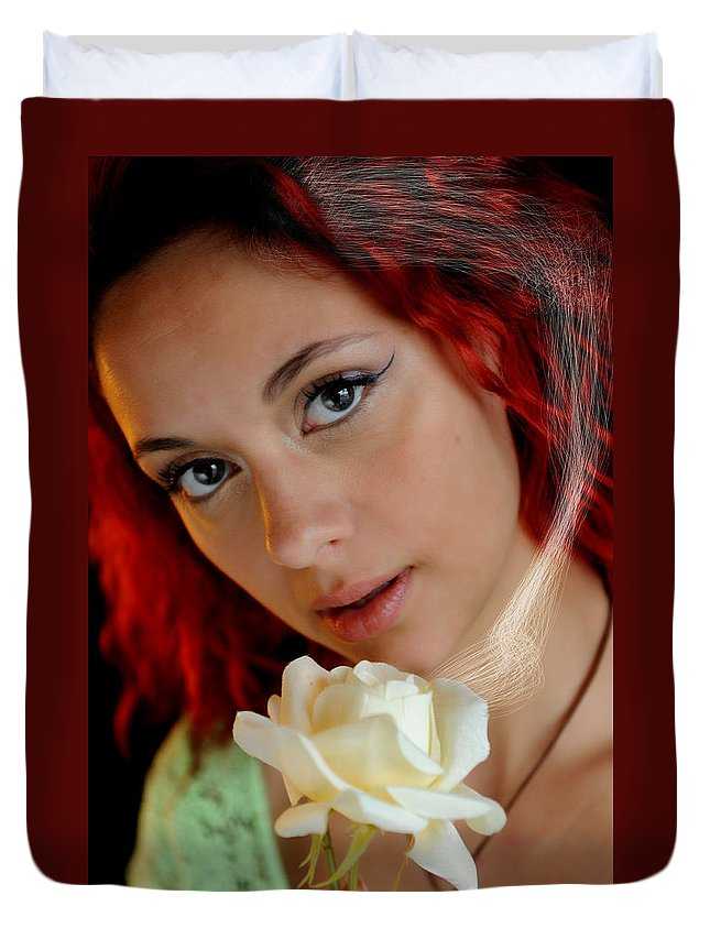 Courtney Duvet Cover featuring the photograph The Scent by Bill Munster
