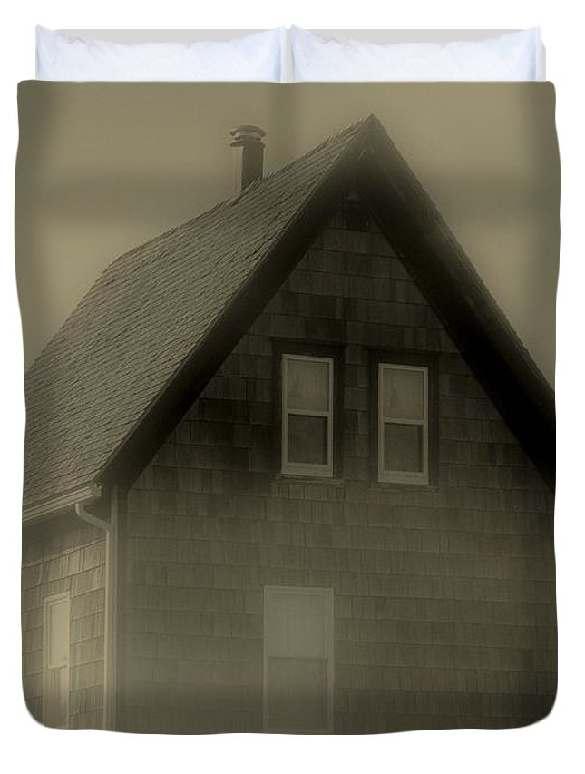 Landscape Duvet Cover featuring the photograph The Shroud by RC DeWinter