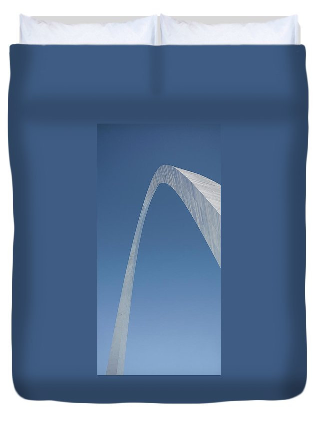 St. Louis Duvet Cover featuring the photograph The St. Louis Arch by Glennis Siverson