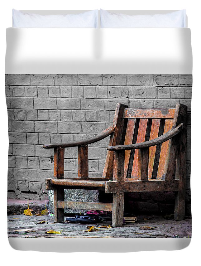 India Duvet Cover featuring the photograph The Story Untold by Anupam Gupta