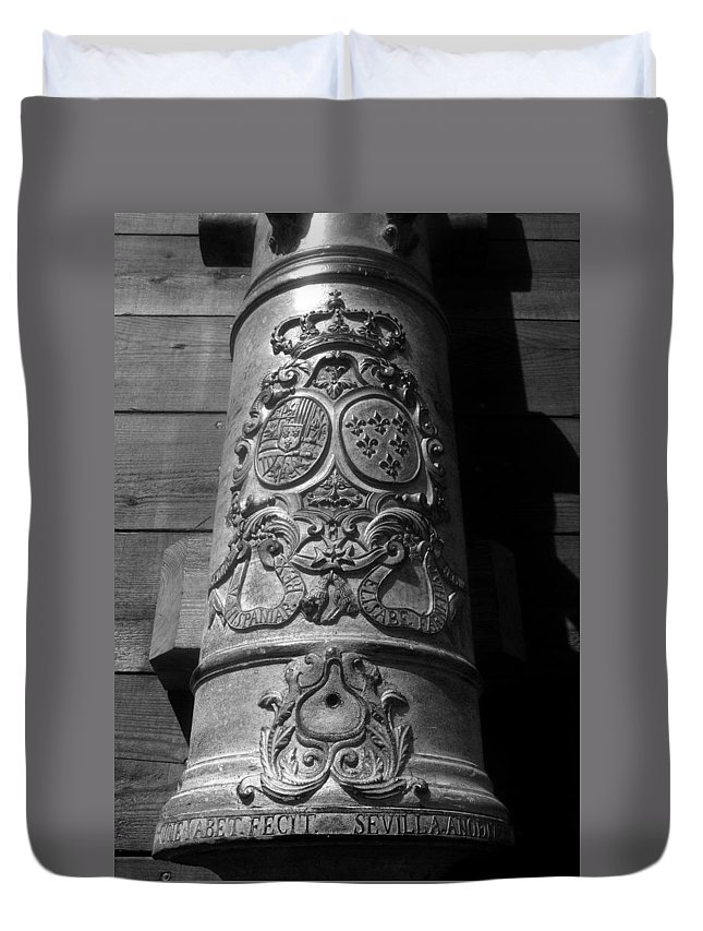 Spain Duvet Cover featuring the photograph The Symbol Of Empire by David Lee Thompson