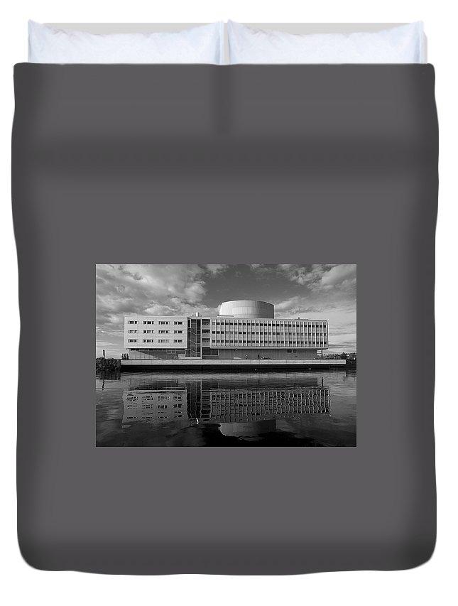 Lehtokukka Duvet Cover featuring the photograph The Theatre Of Oulu 3 by Jouko Lehto