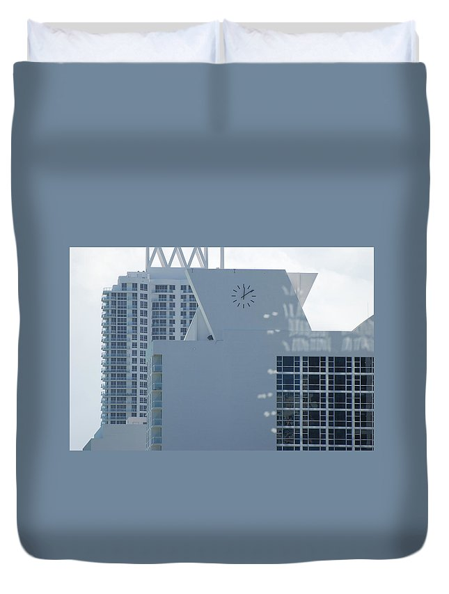 Sun Duvet Cover featuring the photograph The Time Is...12 10 by Rob Hans