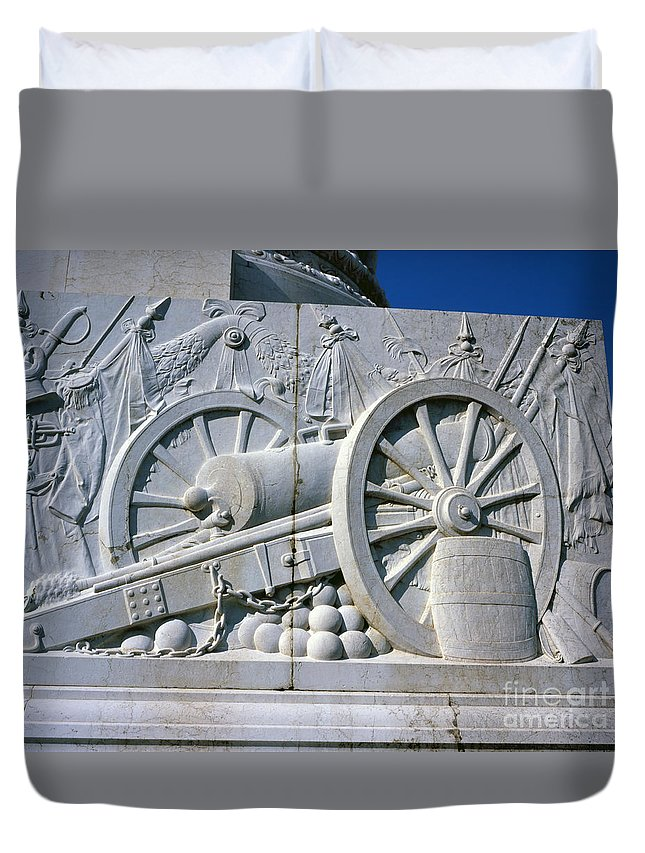 Vittorio Emanuele Monument Rome Italy Marble Duvet Cover featuring the photograph The Vittorio Emanuele Monument Marble Relief Of A Canon Standards Rome Italy by Michael Walters