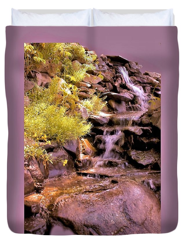 Wall Art Duvet Cover featuring the photograph The Water Falls by Myrna Migala
