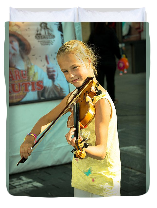 Violin Duvet Cover featuring the photograph The Young Violinist by Rob Hawkins