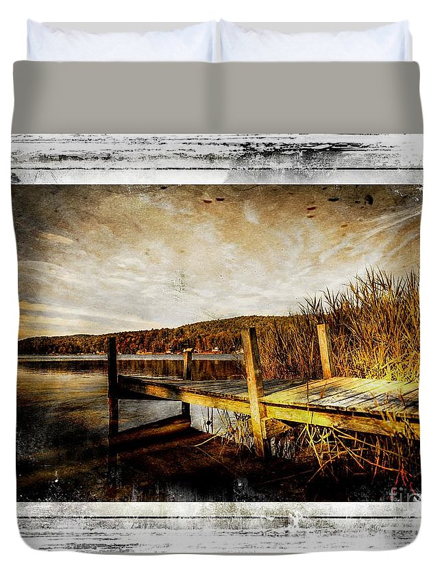 Pier Duvet Cover featuring the photograph This Ole Pier by Sherman Perry