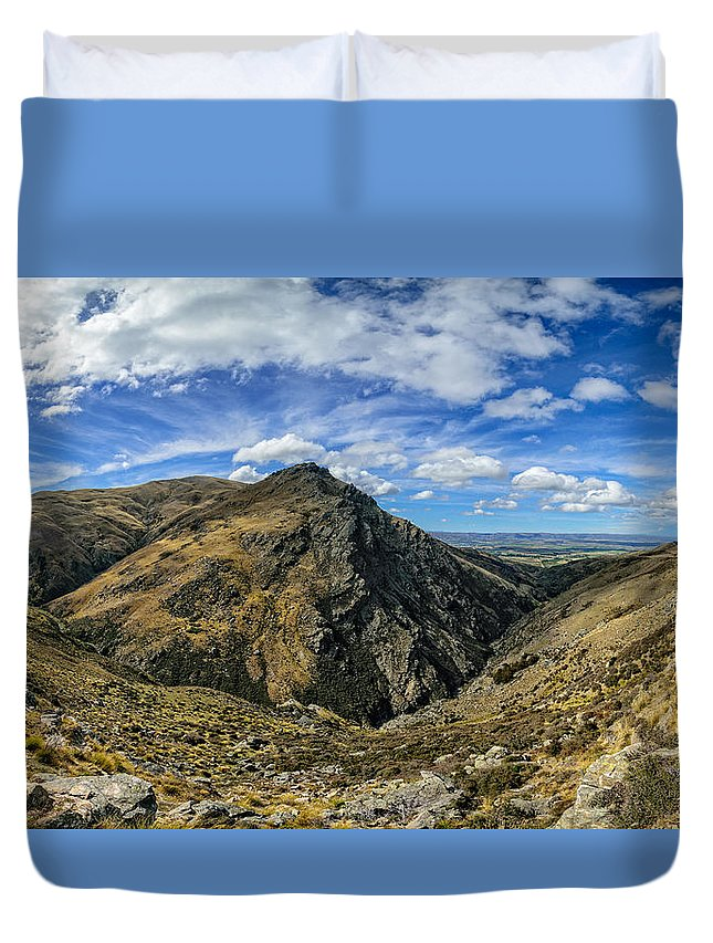 Bendigo Duvet Cover featuring the photograph Thomson Gorge by Robert Green