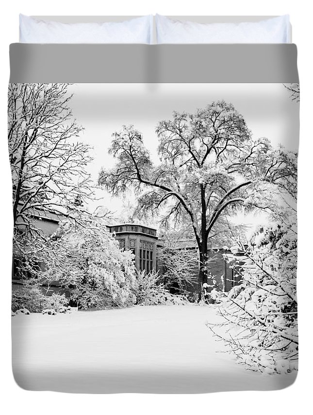 Snow Duvet Cover featuring the photograph Thornhill Winter by Michael Lacy