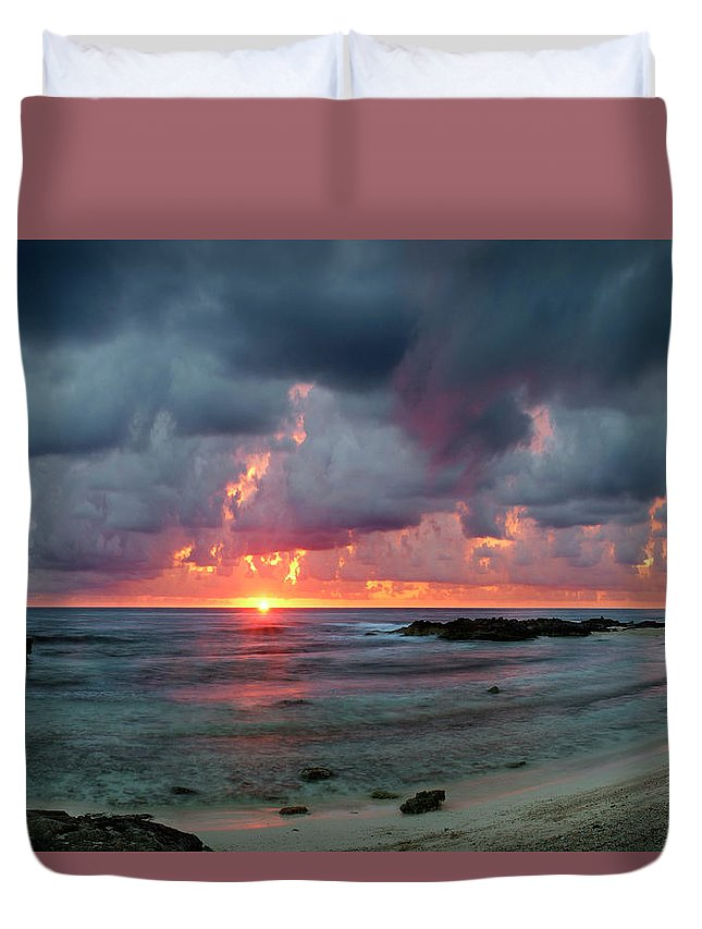 Isla De Mujeres Duvet Cover featuring the photograph Threatening Sky Above The Caribbean Sea Off Isle De Mujeras' North Shore by Dean Hueber