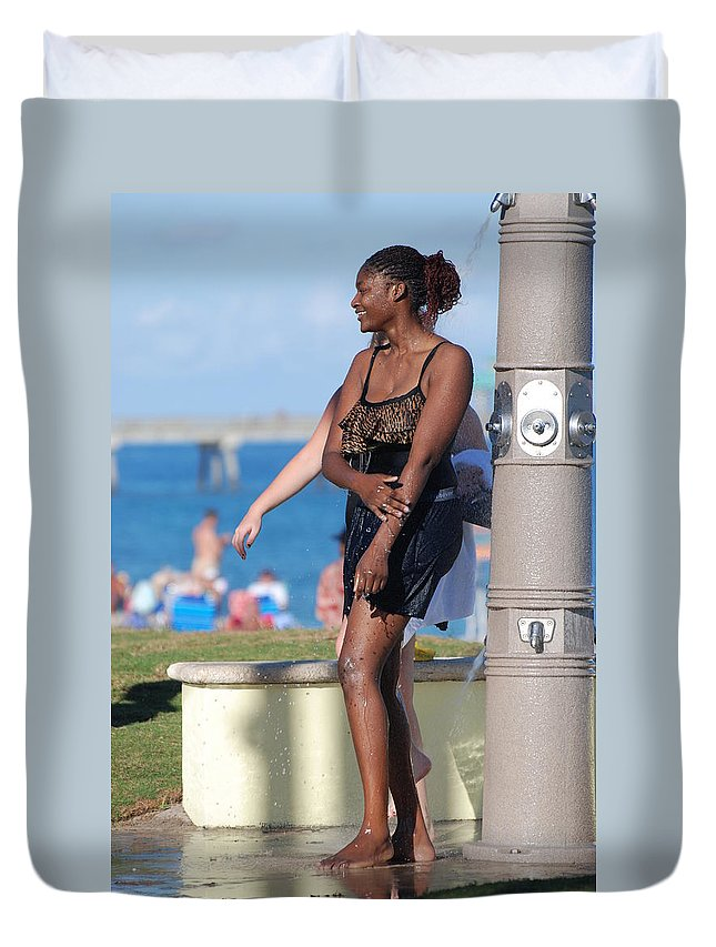 Bathing Suit Duvet Cover featuring the photograph Three Arms At The Shower by Rob Hans