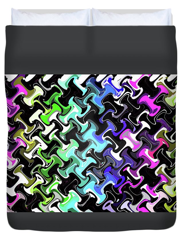 Three D Dimensional Abstract Design Duvet Cover featuring the digital art Three-d Dimensional Abstract Design by Janice Kaye