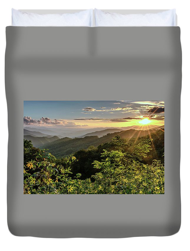 Blue Ridge Mountains Duvet Cover featuring the photograph Thunderstruck Sunset by Eric Albright