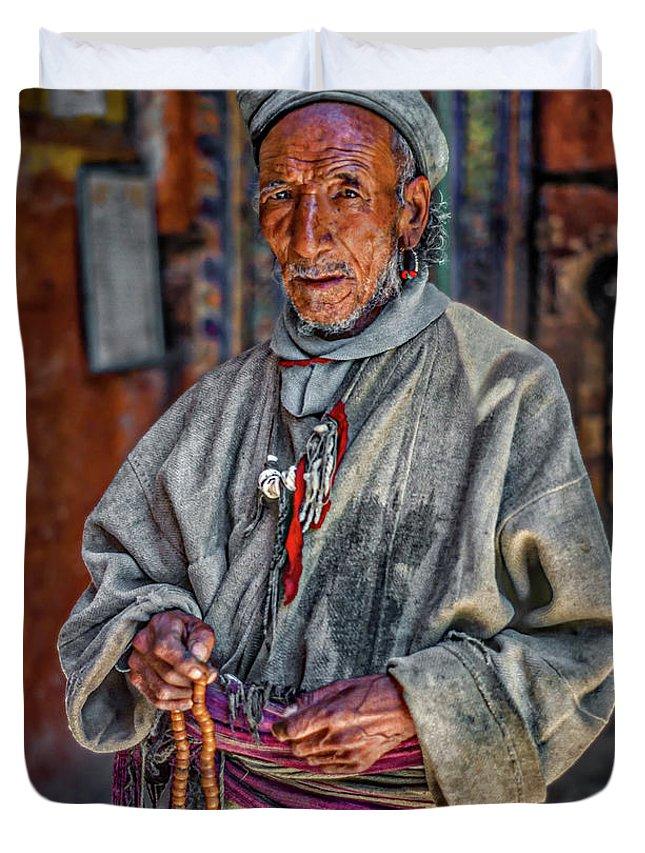 Himalaya Duvet Cover featuring the photograph Tibetan Refugee by Steve Harrington