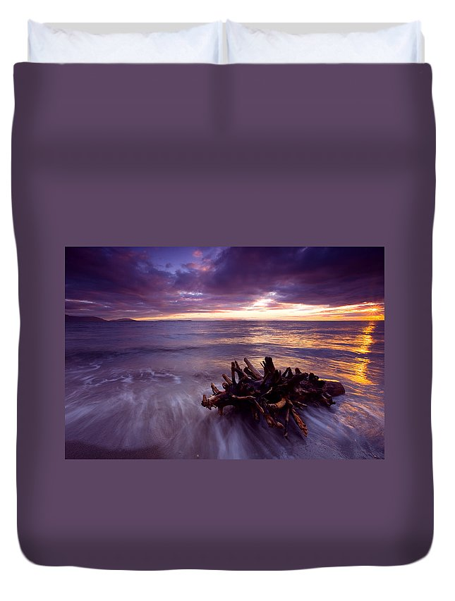 Sunset Duvet Cover featuring the photograph Tide Driven by Mike Dawson