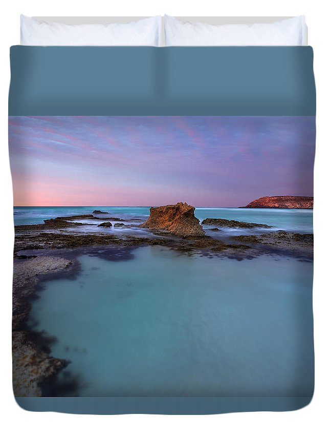 Seascape Tidepools Duvet Cover featuring the photograph Tidepool Dawn by Mike Dawson