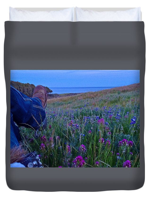 Owls Clover Duvet Cover featuring the photograph Time Out by JoJo Brown