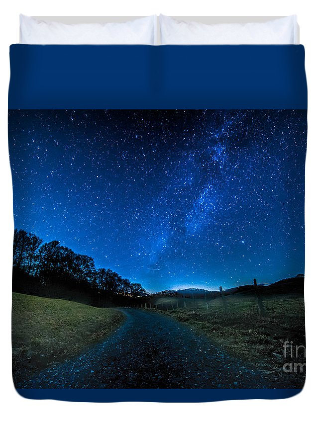 Milky Way Duvet Cover featuring the photograph To The Milky Way by Robert Loe