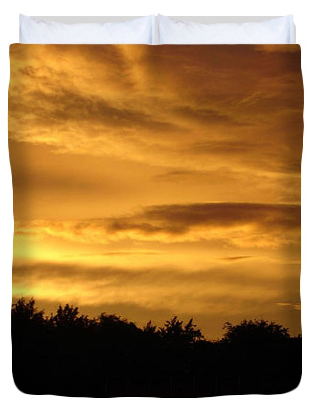 Sunset Duvet Cover featuring the photograph Toffee Sunset by Carol Lynch