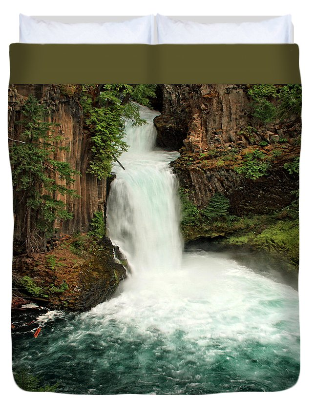 Columbia Gorge Duvet Cover featuring the photograph Toketee Falls 4 by Ingrid Smith-Johnsen