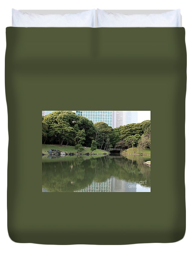 Japan Duvet Cover featuring the photograph Tokyo Japanese Garden by Carol Groenen
