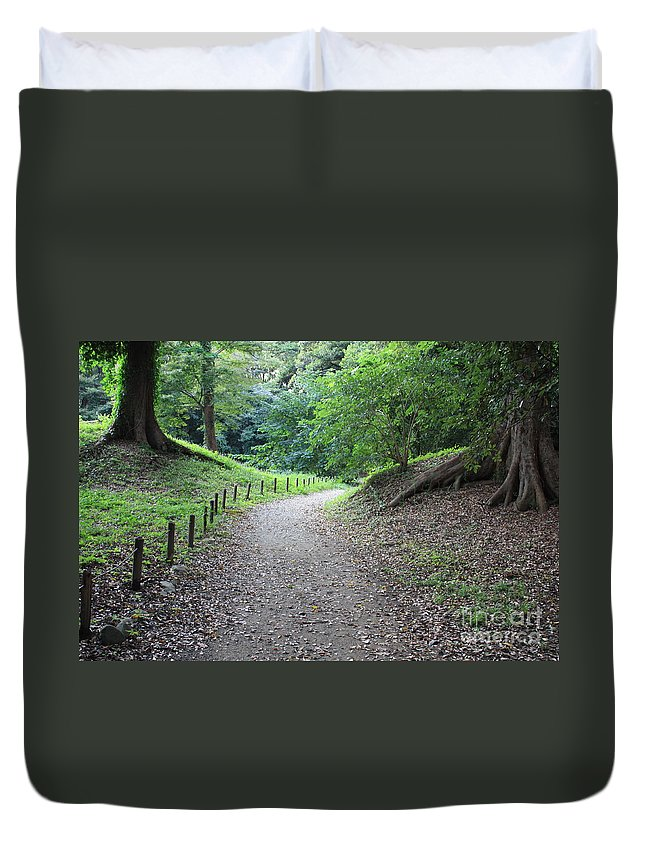 Path Duvet Cover featuring the photograph Tokyo Park Path by Carol Groenen