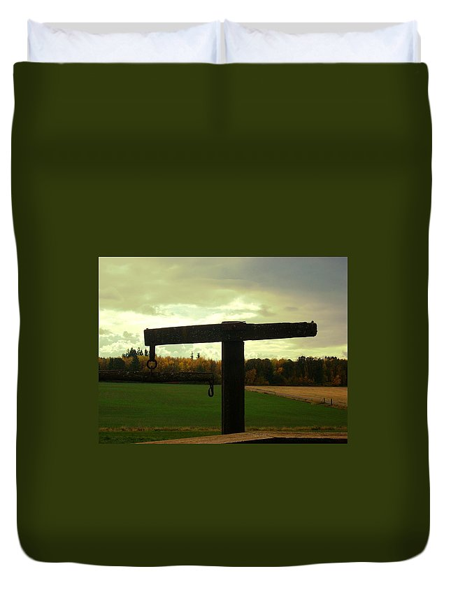 Field Duvet Cover featuring the photograph Tom's 2 by Sara Stevenson