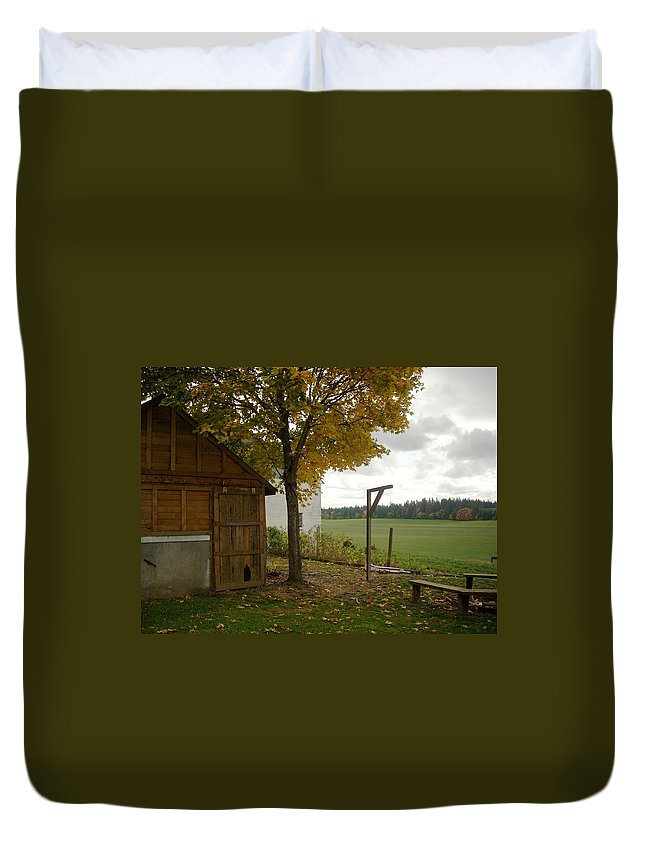 Barn Duvet Cover featuring the photograph Tom's 3 by Sara Stevenson