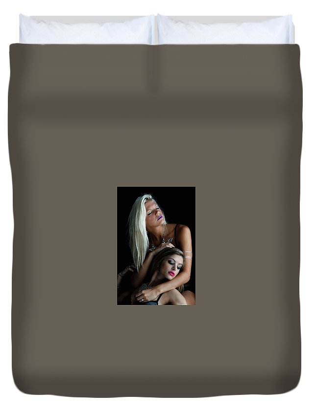 Two Girl.  Duvet Cover featuring the photograph Too Beautiful. by Bill Munster