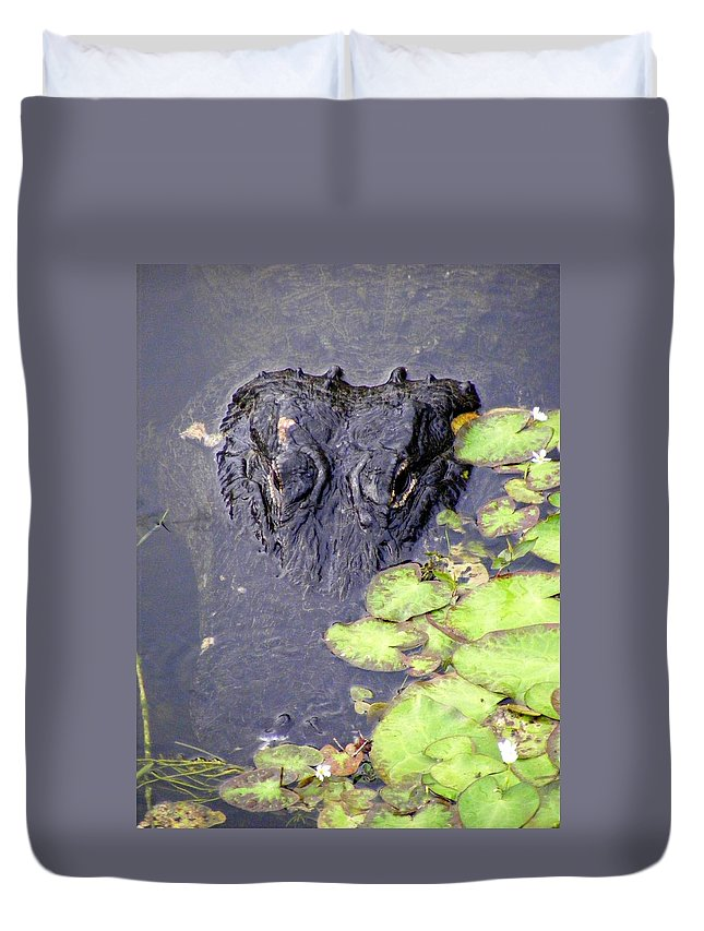 Swamp Duvet Cover featuring the photograph Too Close For Comfort by Ed Smith