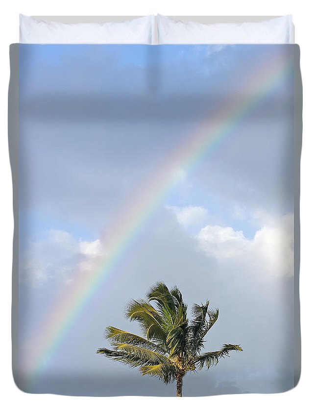 Afternoon Duvet Cover featuring the photograph Top Of A Palm Tree by Ron Dahlquist - Printscapes