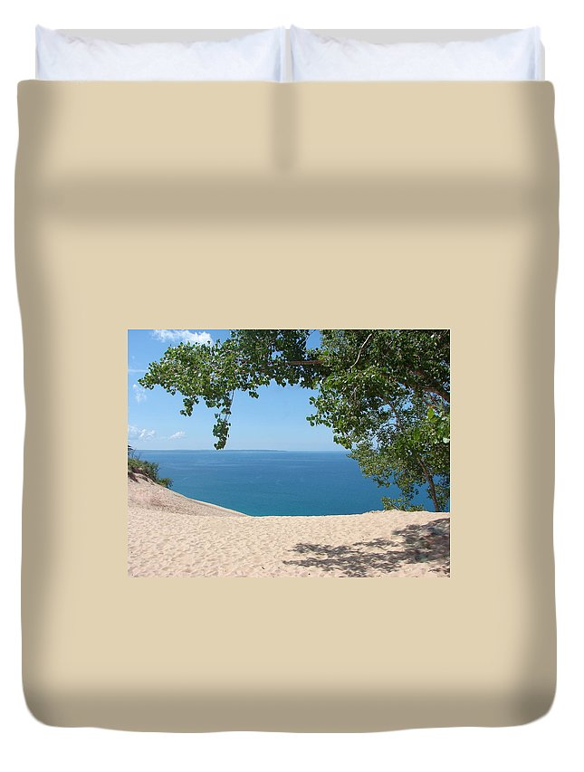 Sleeping Bear Dunes Duvet Cover featuring the photograph Top Of The Dune At Sleeping Bear by Michelle Calkins