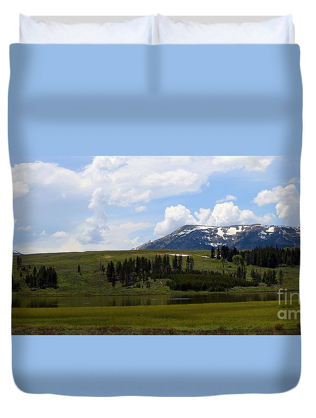 Gallatin Range Duvet Cover featuring the photograph Touching Beauty by Christiane Schulze Art And Photography