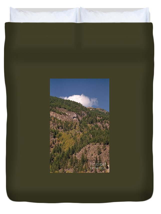 Mountains Duvet Cover featuring the photograph Touching The Clouds by Richard Rizzo
