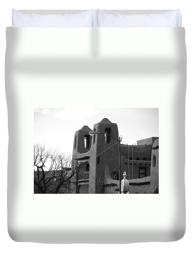 Architecture Duvet Cover featuring the photograph Town Hall by Rob Hans