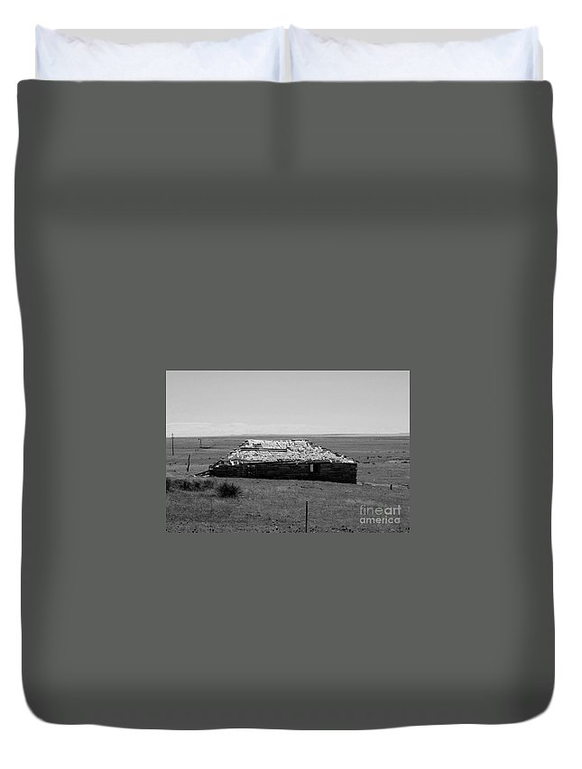 Sante Fe Trail Duvet Cover featuring the photograph Trail Ghosts by Tommy Anderson