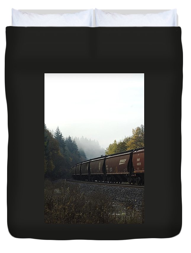 Train Duvet Cover featuring the photograph Train 2 by Sara Stevenson
