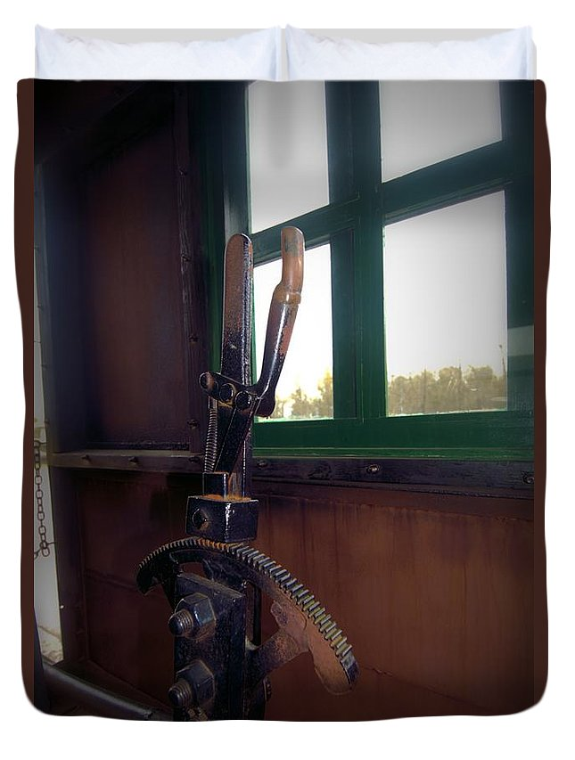Train Duvet Cover featuring the photograph Trains 6 Vign by Jay Mann