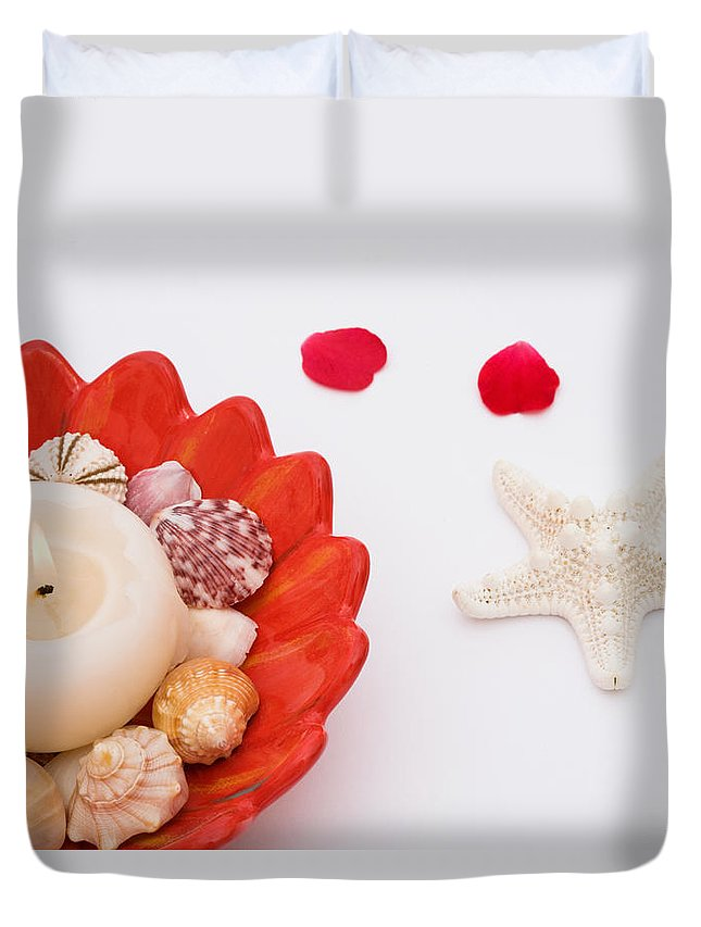 Shell Duvet Cover featuring the photograph Tranquility by Diane Macdonald