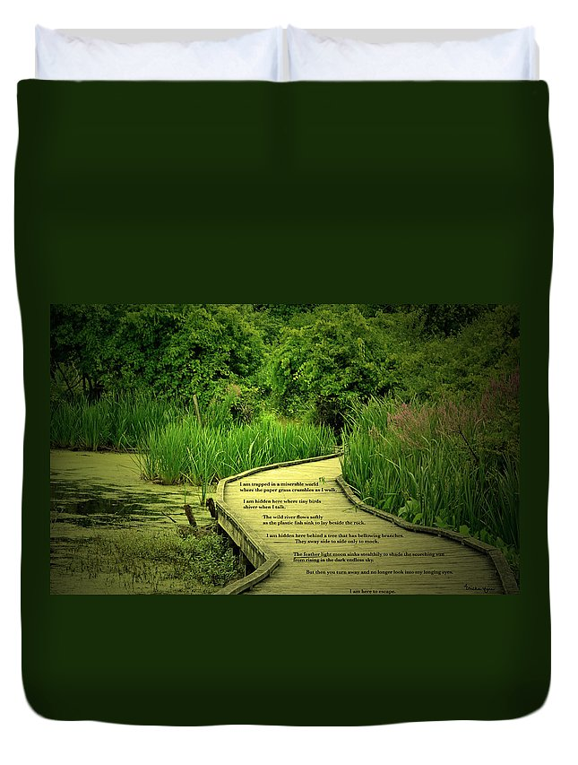 Woods Duvet Cover featuring the photograph Trapped by Ericka Finn