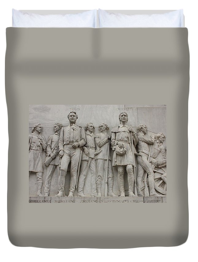 Alamo Duvet Cover featuring the photograph Travis And Crockett On Alamo Monument by Carol Groenen