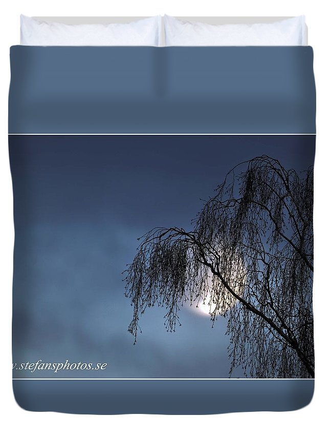 Duvet Cover featuring the photograph Tree And Moon by Stefan Pettersson