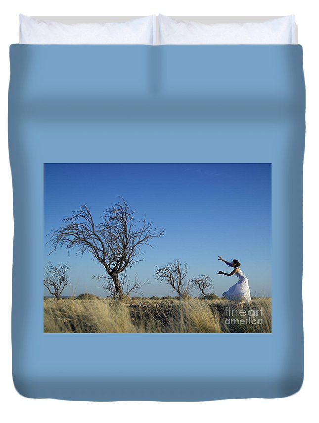 Landscape Duvet Cover featuring the photograph Tree Echo by Scott Sawyer