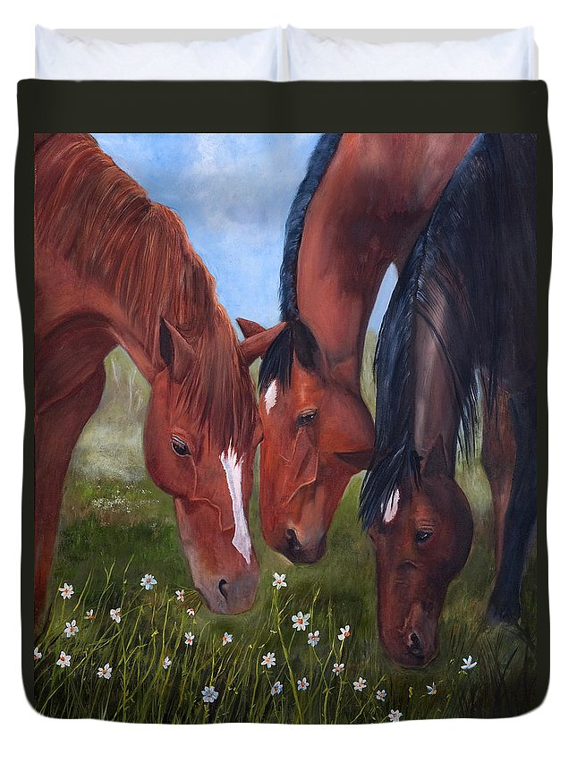 Jan Holman Art Painting 2010 Horses.animals Duvet Cover featuring the painting Tres Amigos by Jan Holman