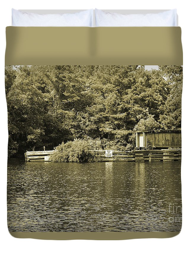 Trestle Duvet Cover featuring the photograph Trestle End by Marc Watkins