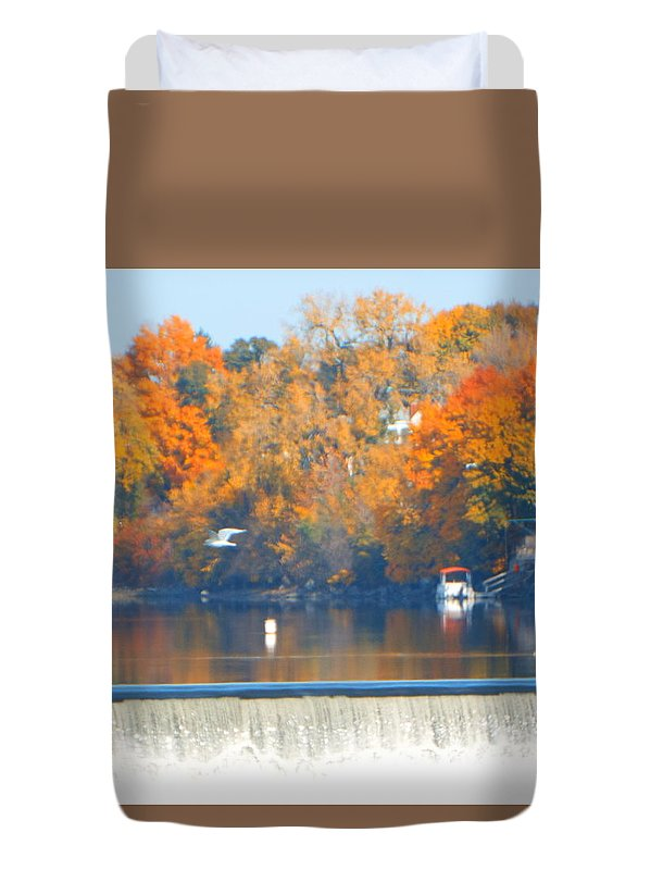 Rivers Duvet Cover featuring the photograph Troy Lock by Jeffery L Bowers